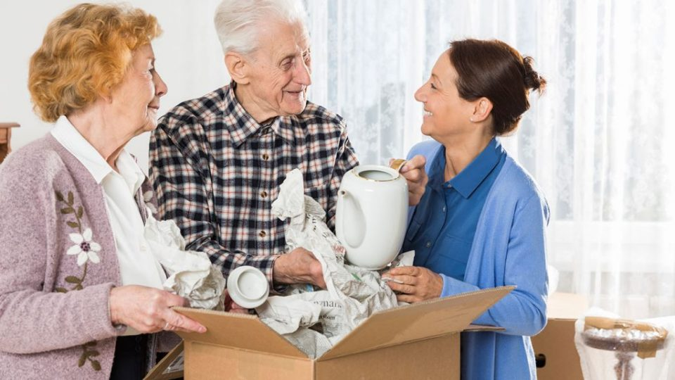 seniors-moving-house-LR